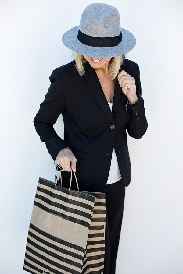 Must-Have Clothing Items That Every Fashionable Woman Needs